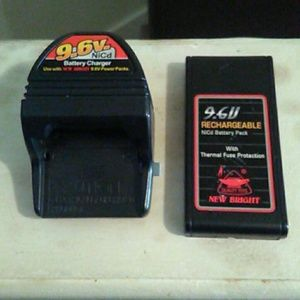Bundle!!! New Bright 9.6 V power pack/battery